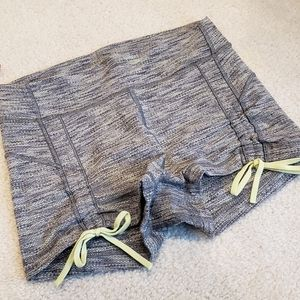 EUC Lululemon Liberty Shorts